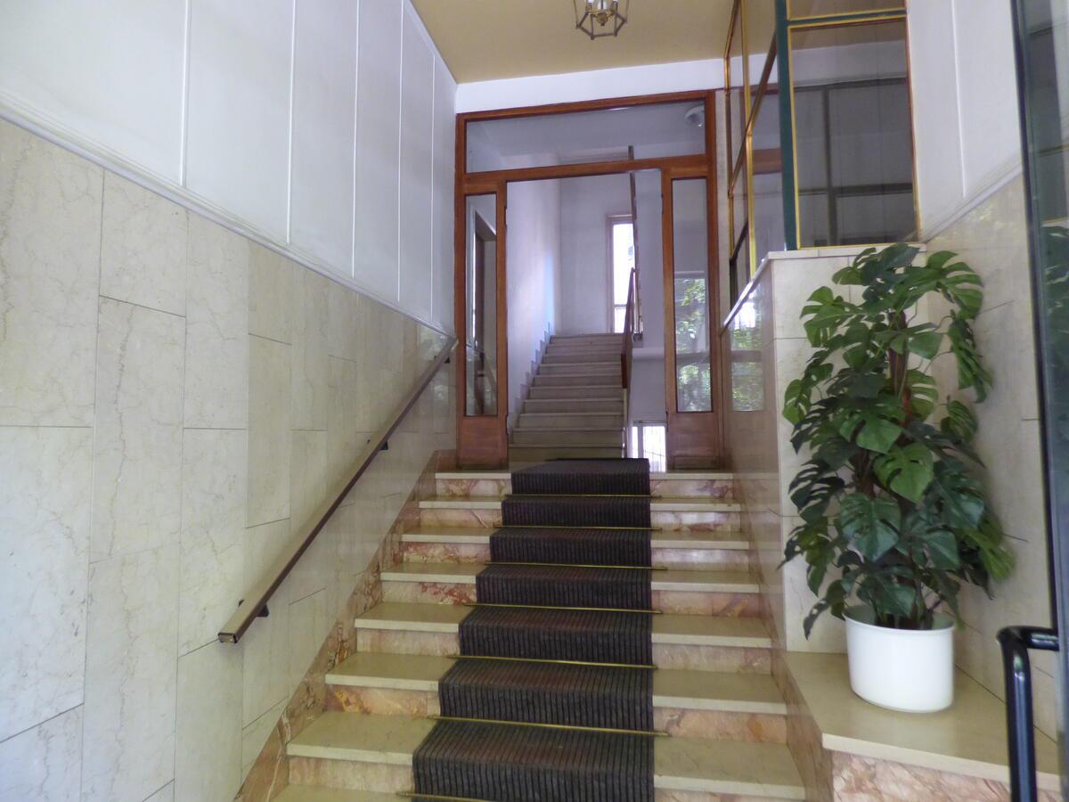 Pianerottolo-condominio-scale